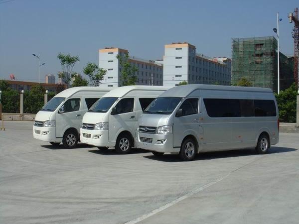 九龙商务车型展示